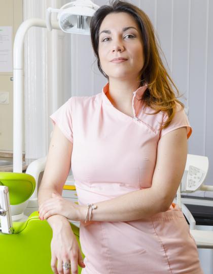 Csepiga Roxána - Klinikai fogászati higiénikus