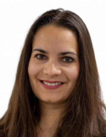 Dr. Magyar Dominika - Fogszabályozó fogszakorvos